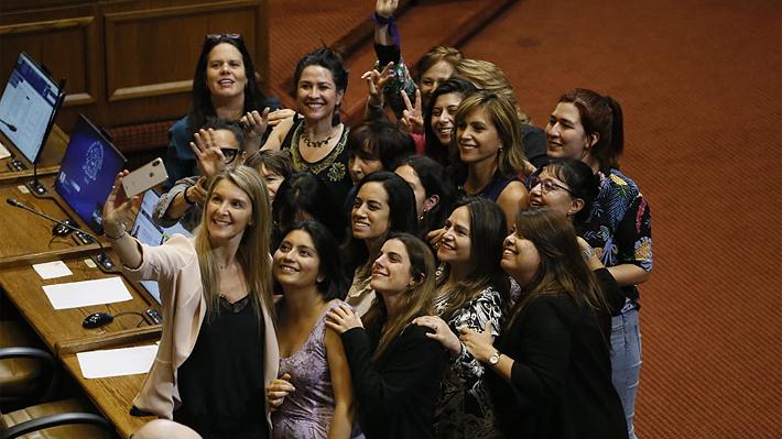 Cámara aprueba paridad de género para convención con votos de la oposición y parte de Chile Vamos