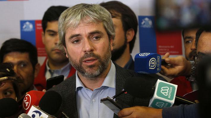 """Gobierno respalda a Guevara y llama a oposición a actuar con """"responsabilidad"""" ante eventual acusación constitucional"""