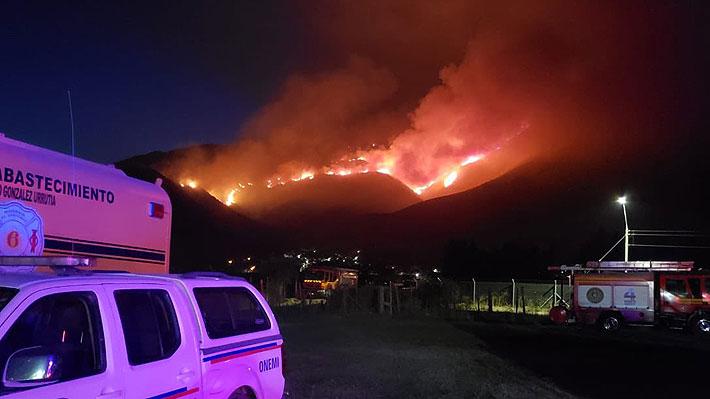 Realizan evacuación preventiva de viviendas por incendio forestal en Coltauco