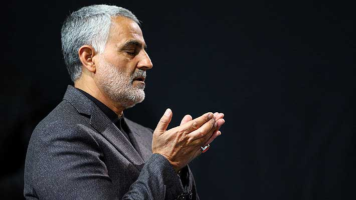 """""""Una mezcla de James Bond y Lady Gaga"""": Quién es Qasem Soleimani, el general iraní muerto por orden de EE.UU."""