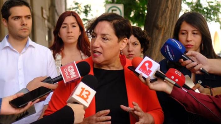 """Beatriz Sánchez ante voces del FA que sitúan a Boric como presidenciable: """"No estamos todavía en ese tema"""""""