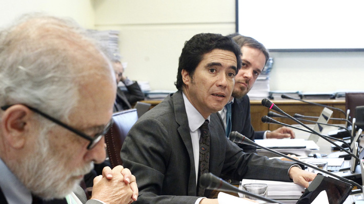 """Briones optimista por avance de Reforma Tributaria en Comisión de Hacienda del Senado: """"Se mantiene el buen ambiente"""""""