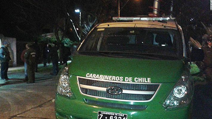 Carabinero queda con heridas en un ojo tras recibir proyectil en Peñalolén