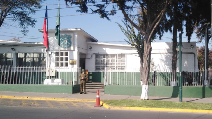 Atacan comisaría en Pudahuel tras atropello de un vehículo de Carabineros a joven en medio de manifestaciones