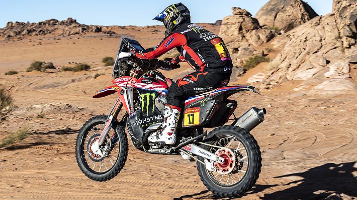Penalizan a piloto británico y chileno José I. Cornejo hace historia y gana la etapa en motos en el Dakar 2020