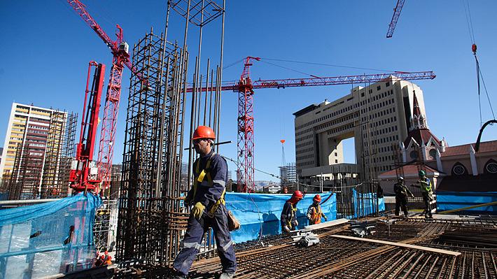 """Impacto crisis: Gremio de la Construcción anticipa """"incierto 2020"""" y proyecta pérdida de 40 mil puestos de trabajo"""