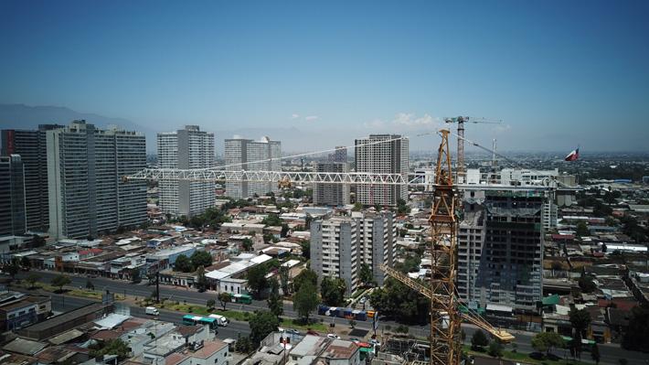 Demanda por compra de propiedades nuevas en el Gran Santiago anota caída de casi 40% en último trimestre de 2019
