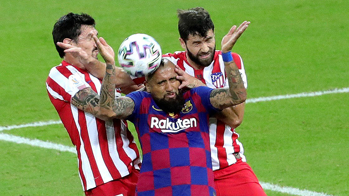 Mira el gol anulado al Barcelona tras asistencia de Vidal y los dos posibles penales no cobrados sobre el chileno
