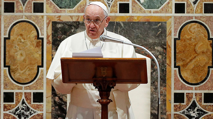 Papa Francisco dice estar preocupado por las posibles consecuencias de las tensiones entre Irán y EE.UU.