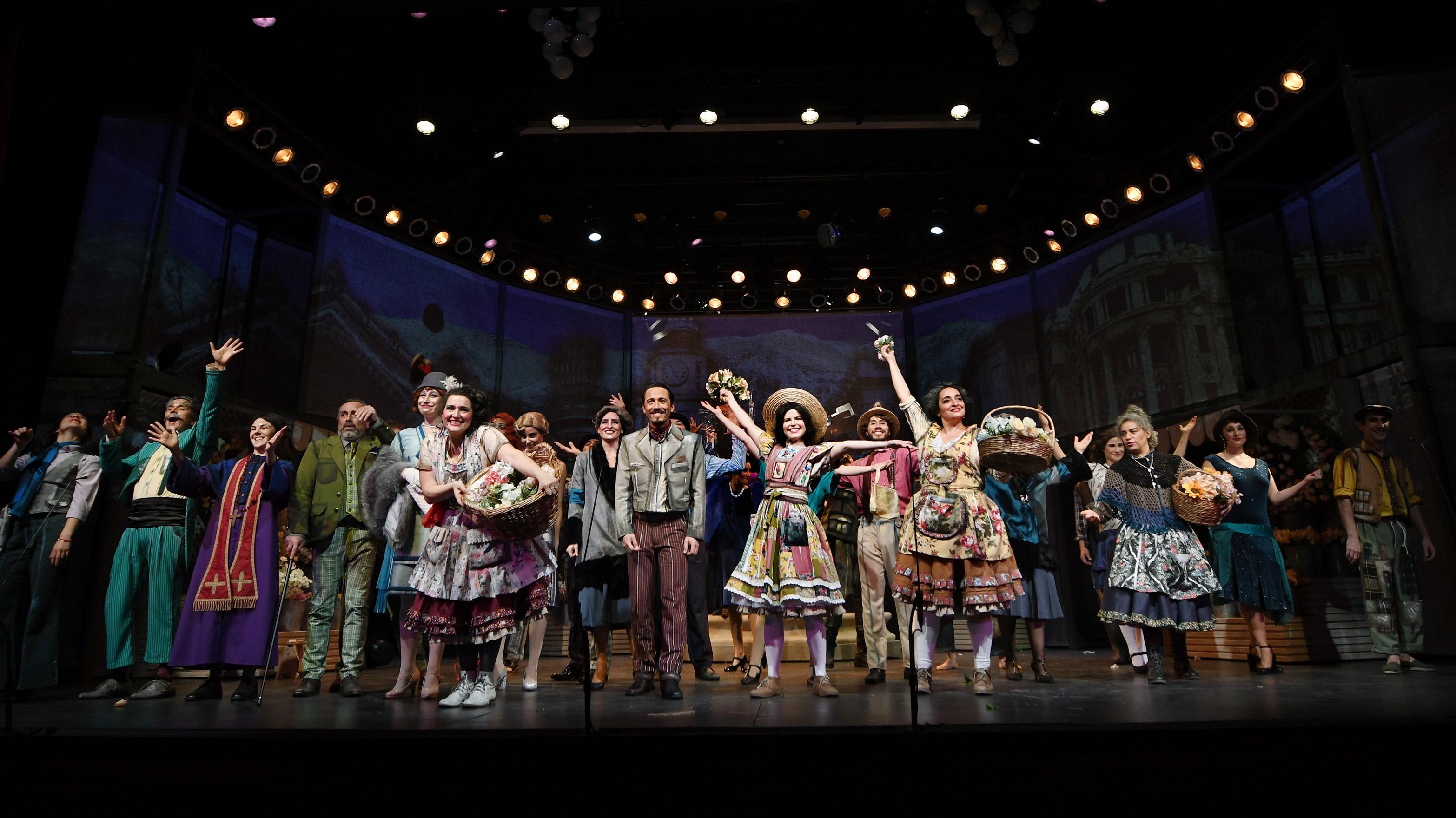"""Emblemática obra """"La Pérgola de las Flores"""" se montará en cinco regiones de Chile bajo la dirección de Héctor Noguera"""