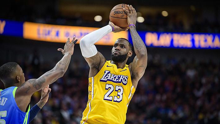 LeBron James supera otra marca de Michael Jordan y agiganta su leyenda en la NBA