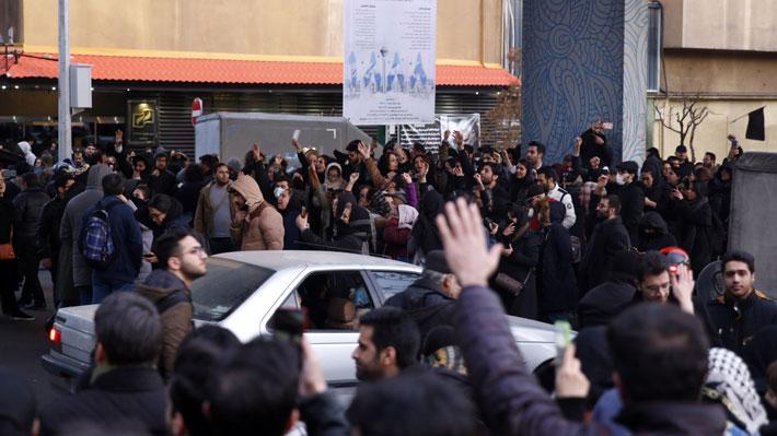 Se registran protestas en Teherán contra las autoridades tras admitir responsabilidad en el derribo de avión ucraniano