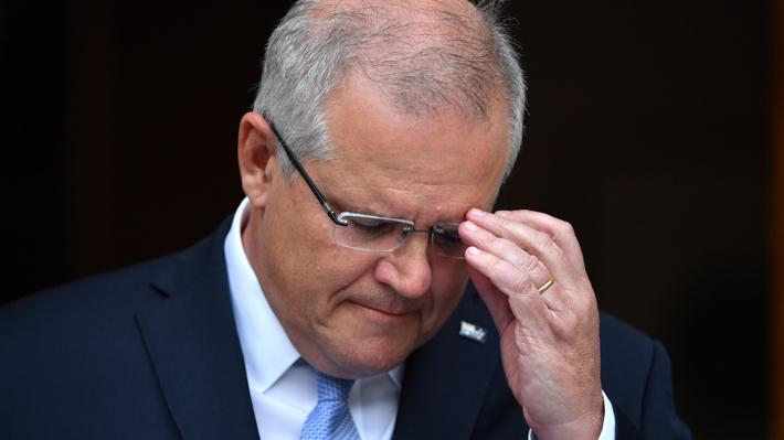 """Primer ministro de Australia admite errores ante incendios: """"Hay cosas que se podrían haber manejado mucho mejor"""""""