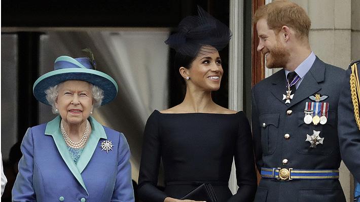 """Reina Isabel II anuncia su apoyo a Harry y Meghan: """"Comprendemos su deseo de vivir una vida más independiente"""""""