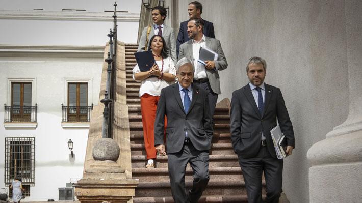 Presidente sostiene reunión con su gabiente: Agenda social y posturas ante plebiscito entre los temas