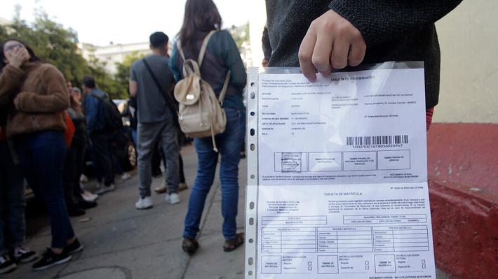 Presentan nuevo recurso por PSU: Alumnos de Santiago exigen rendir la prueba de Historia
