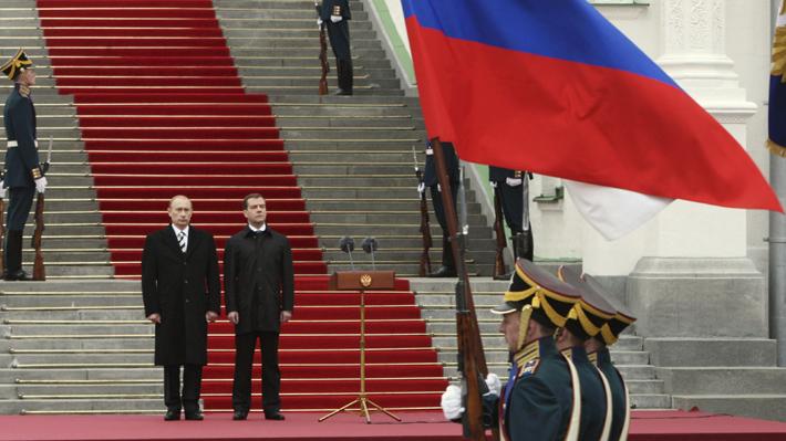 """""""Mayores atribuciones al Parlamento"""": Las propuestas de Putin que terminaron con la dimisión del primer ministro"""