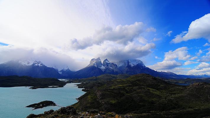 Conaf confirma veracidad de dibujo en roca de Torres del Paine: presentará denuncia por daño ambiental