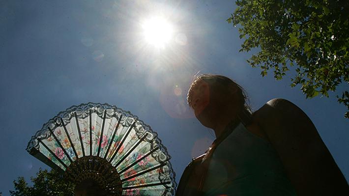 Meteorología anuncia ola de calor con máximas de 37° para el día sábado en la zona central