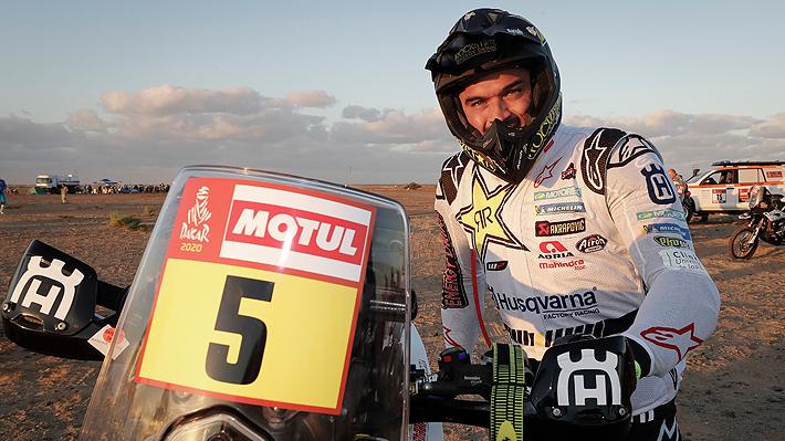 Quintanilla logra un inédito subcampeonato y se convierte en el mejor chileno en motos en la historia del Dakar