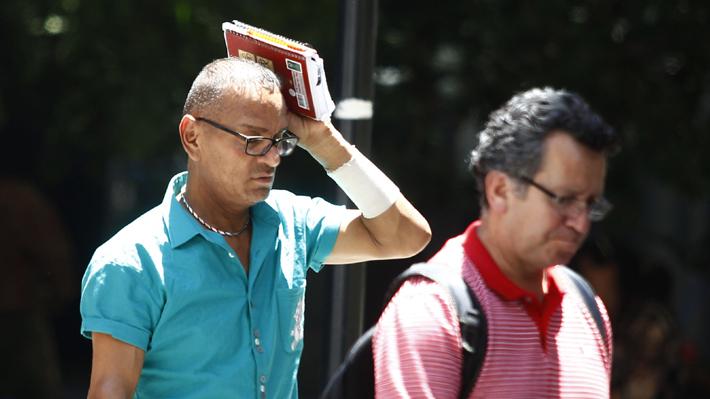 """Meteorología emite alerta por altas temperaturas en la zona central: """"Pueden ser históricas"""" en el Maule"""