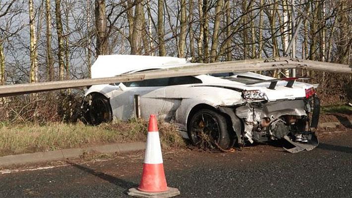 El portero argentino Sergio Romero sufrió un accidente automovilístico en Inglaterra