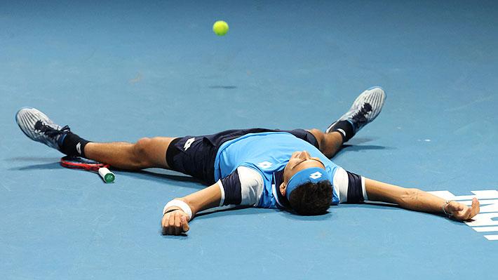 Tabilo gana un partidazo a cinco sets en Australia, consigue el triunfo más importante de su carrera y ahora va contra el gigante Isner