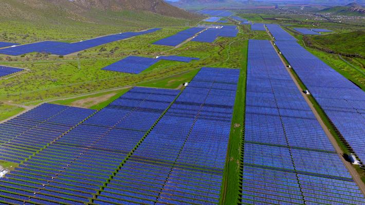 Grupo español ingresa a trámite ambiental millonario proyecto de energía solar en la Región de Antofagasta