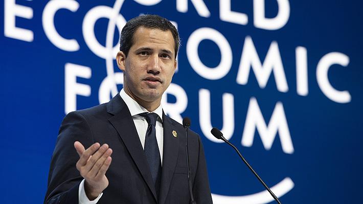 Juan Guaidó pide apoyo internacional en Davos y descarta una negociación con Maduro