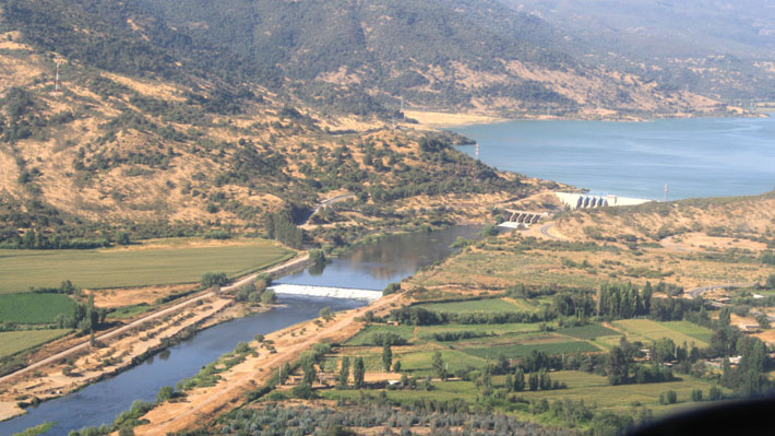 Al menos 10 embalses y lagunas entre Valparaíso y el Maule tienen niveles críticos de agua