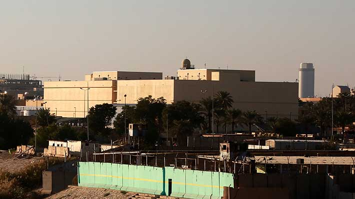 Al menos un cohete impacta dentro de la Embajada de EE. UU. en Bagdad