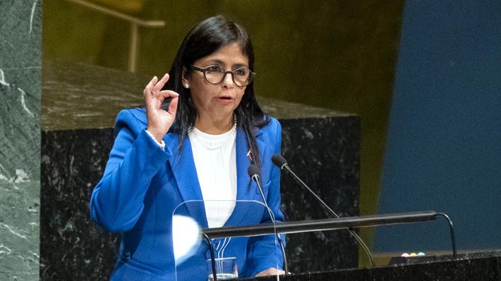España afirma que no permitió el ingreso de ministra de Maduro a su territorio tras polémica escala en Madrid