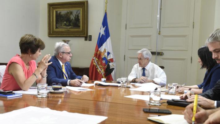 """Minsal dice que posibilidad de que el coronavirus llegue a Chile """"no es baja"""" y que existe la capacidad para diagnosticarlo"""