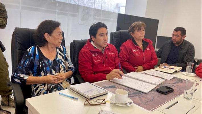 """Autoridades de Atacama atentos a """"zona cero"""": Sector El Tránsito registra un muerto, cortes de ruta y de electricidad"""