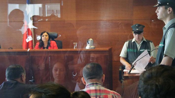 Dichos de jueza que resolvió cautelares por muerte de hincha generan debate y reacción del INDH