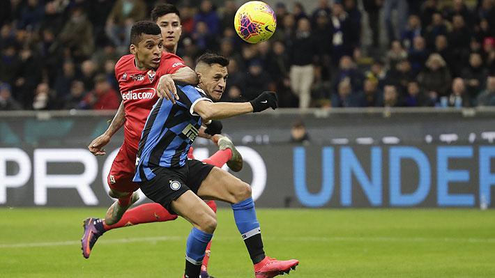 Nivel de Alexis deja críticas en Italia y también cuestionamientos por el rol que le dio Conte