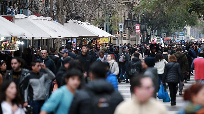 Desempleo aumenta a 7% en trimestre marcado por crisis y trabajadores por cuenta propia suben casi 5%