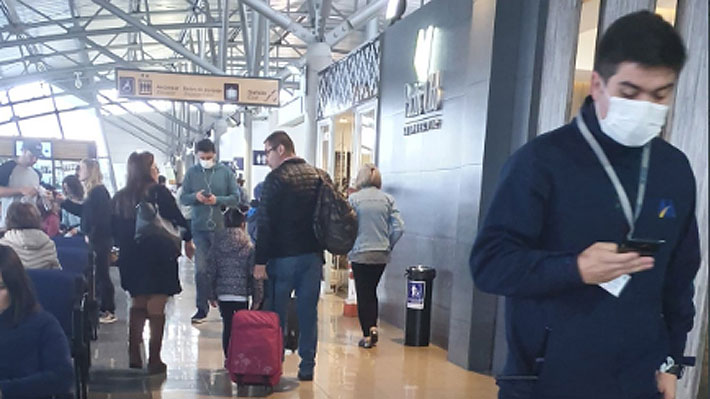 Posible cuadro infeccioso de pasajero genera operativo de emergencia en aeropuerto de Punta Arenas