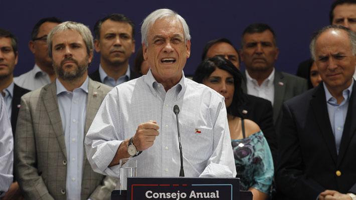 """Presidente Piñera subraya los cuatro pilares de la hoja de ruta 2020 y condena """"sin ninguna ambigüedad todo tipo de violencia"""""""