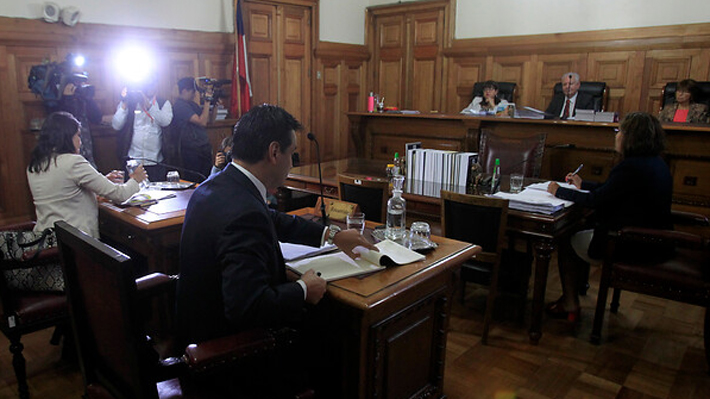 Corte mantiene firma mensual y arraigo nacional para carabinero imputado por atropello y muerte de hincha de Colo Colo