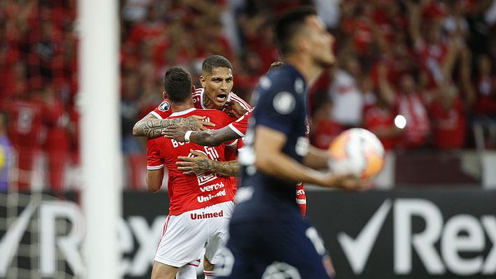 La U pierde ante Inter de Porto Alegre por dos errores defensivos y se despide de la Copa Libertadores