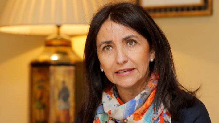 """Ministra (s) de la Mujer califica de """"extrema gravedad"""" hipersexualización infantil en publicidad y anuncia posibles cambios a la ley"""