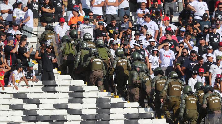 Las fuertes sanciones que le podrían caer a Colo Colo tras los incidentes en el duelo ante la UC
