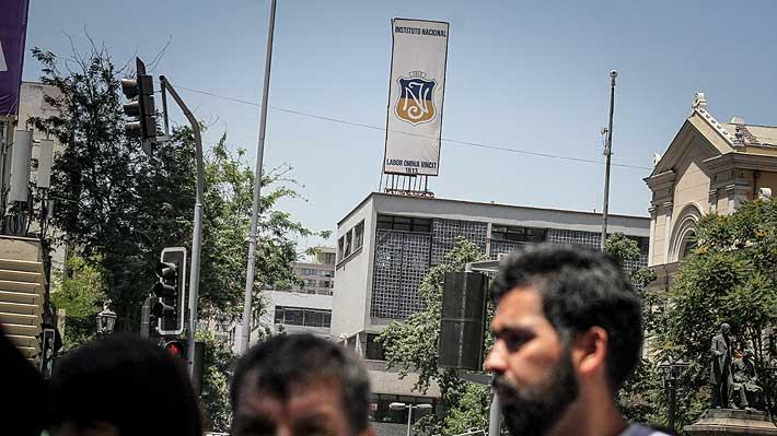 Con nuevo rector interino y sin resguardo policial partirán las clases en el Instituto Nacional