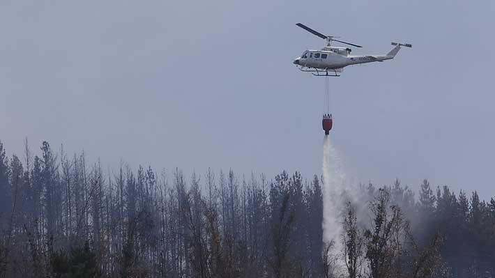 Declaran alerta roja para Los Ángeles por incendio forestal cercano a sectores poblados