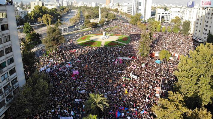 8M: Más de 1.600 carabineras acompañarán las marchas por el Día Internacional de la Mujer