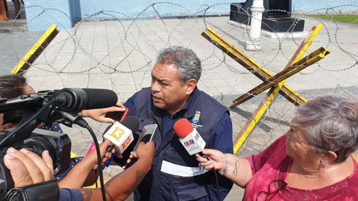 Ejército y Dirección de Obras de Iquique se reunirán para medir si cerco de púas ocupa o no espacio público