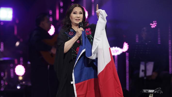 """Ana Gabriel llamó a """"orar"""" por Chile y Latinoamérica en Viña 2020: """"Estoy aquí solo por el amor que siento por este país"""""""