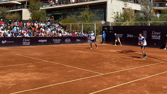 Triunfazo: Tabilo y Barrios vencen a los favoritos del dobles en el ATP de Santiago y se meten en semifinales