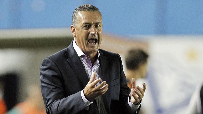 Golpe para Colo Colo: Uno de los principales candidatos para dirigir al equipo se baja y su representante entrega las razones